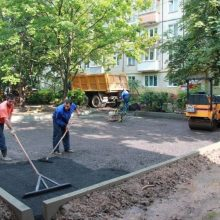 asfaltirovanie-pridomovoy-territorii-v-istre